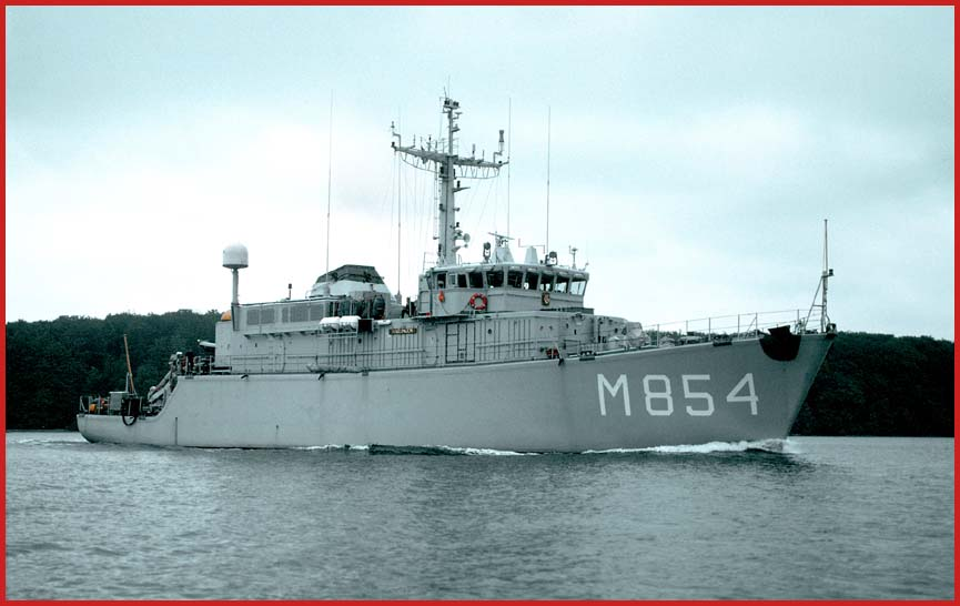 854 harlingen   alkmaarclass mine hunter royal dutch navy